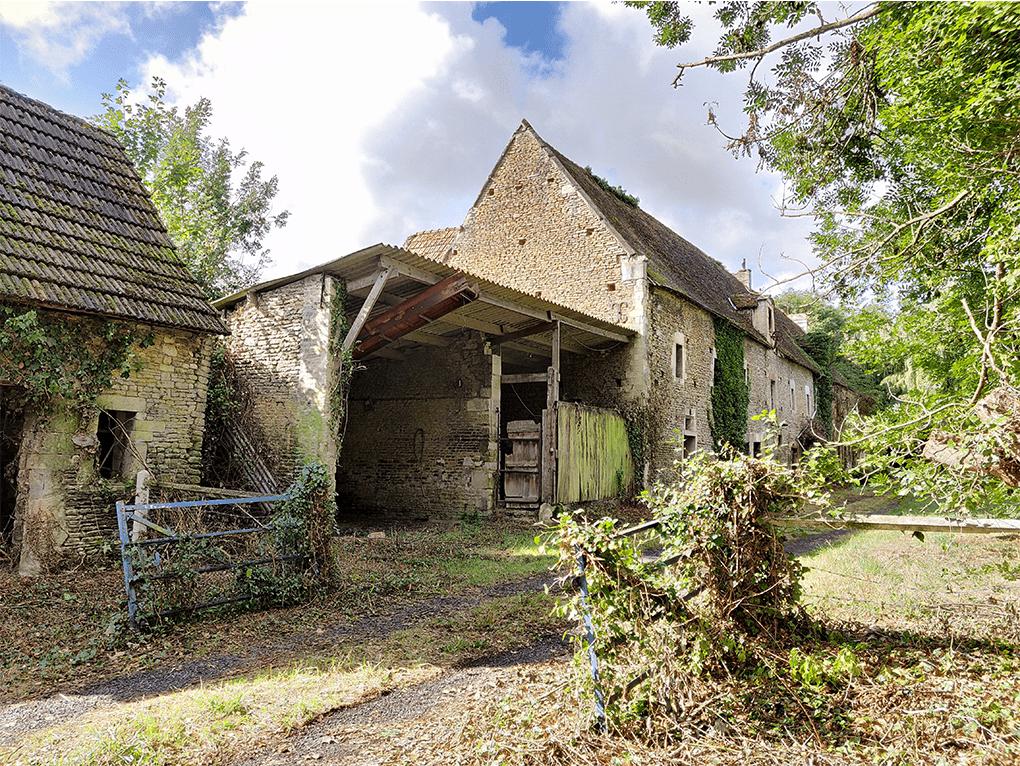 Réhabilitation de la ferme du Breuil pour la transformer en centre de loisirs et centre culturel